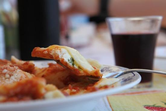 Ravioli al sugo | MODICA | Fotografia di Giambattista Scivoletto