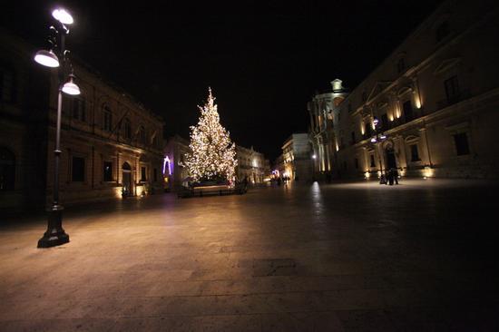 Piazza Duomo - Siracusa (2389 clic)