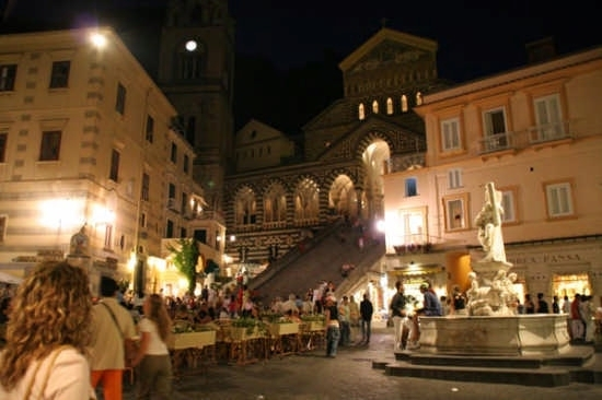 Duomo di Sant'Andrea e Piazzetta - Amalfi (7106 clic)