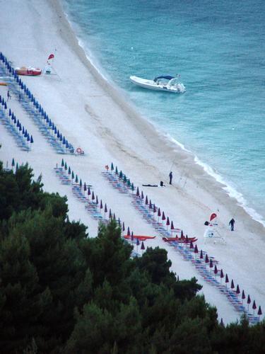 la spiaggia di san michele, a sirolo (an) (3619 clic)