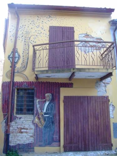 SALUDECIO - I MURALES DEL BORGO (2269 clic)
