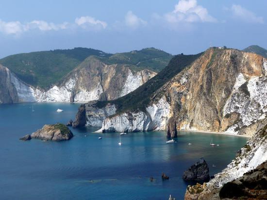 Spiaggia dello Schiavone con Arco naturale - Ponza (3219 clic)