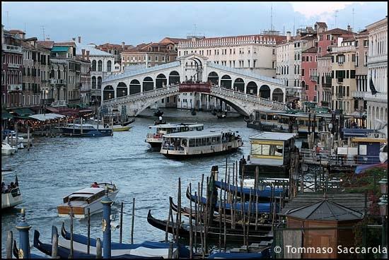Rialto  - Venezia (2955 clic)