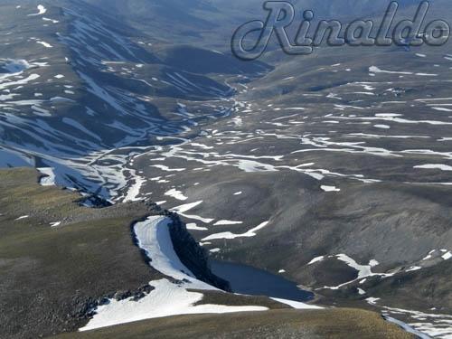 Lago di pantaniello da monte Greco - Barrea (3317 clic)