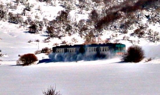 Treno d'inverno - Pescocostanzo (2454 clic)