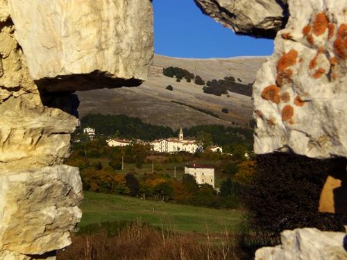 Scorcio Pescolano - Pescocostanzo (4254 clic)