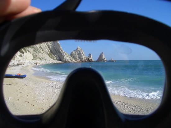 spiaggia due sorelle - Sirolo (4594 clic)