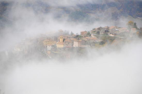 Caso nella nebbia - Spoleto (3417 clic)
