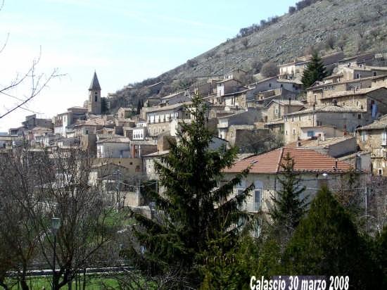 il paese di Calascio (2693 clic)