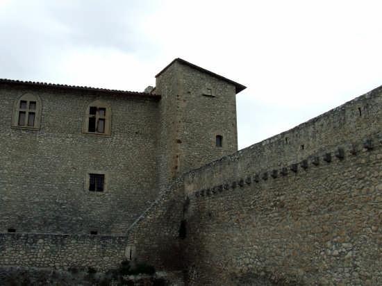 il Castello - Capestrano (2554 clic)