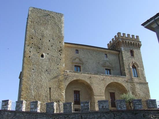 castello ducale - Crecchio (2626 clic)