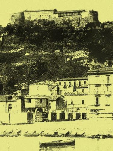 1927-il castello aragonese dal porto - Ortona (2847 clic)