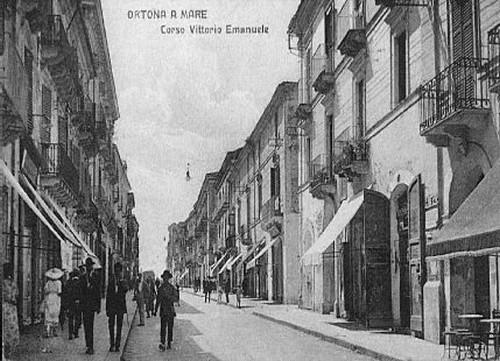 1938 le antiche botteghe del Corso - Ortona (5807 clic)