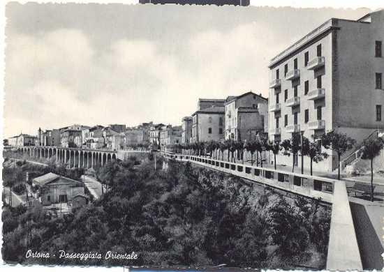 Ortona passeggiata Orientale 1950 (4280 clic)