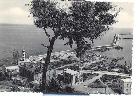 Ortona il Faro ed il molo nord 1950 (4646 clic)