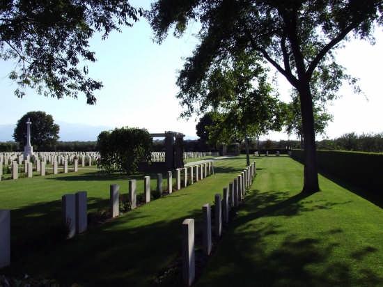 cimitero di guerra canadese - Ortona (3507 clic)