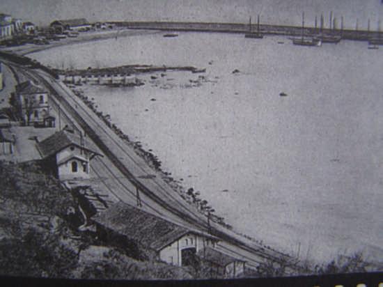 il porto di Ortona anni trenta (4448 clic)