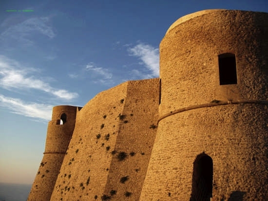 centro storico il Castello aragonese al tramonto - Ortona (2421 clic)