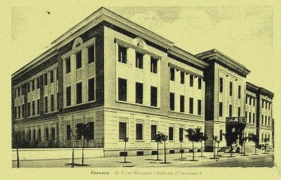 il palazzo del Liceo classico - Pescara (5029 clic)