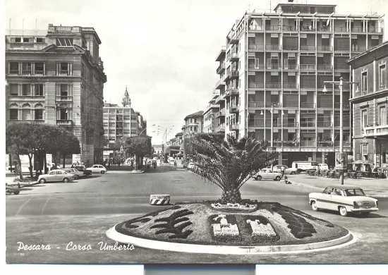 Pescara,piazza primo maggio  1960 (5143 clic)