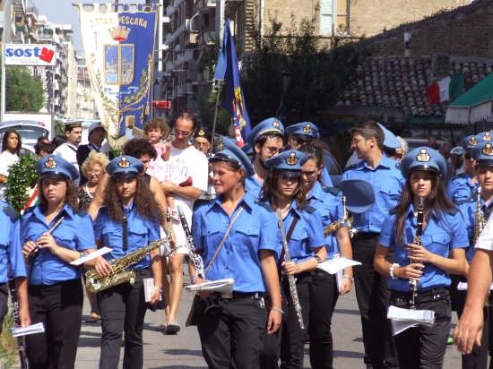 la processione di Sant'Andrea 2008 - Pescara (2610 clic)