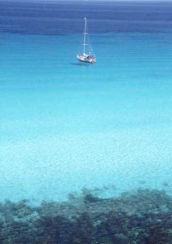 L'acqua c'è ma non si vede - Favignana (10731 clic)