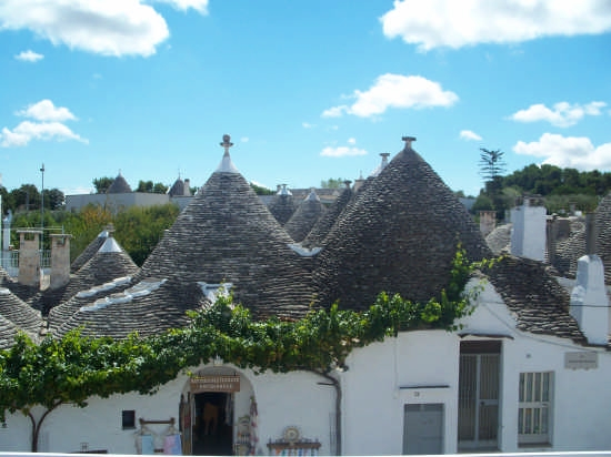 I TRULLI - Alberobello (2400 clic)