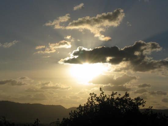 IL SOLE DI OTTOBRE - Carrara (2762 clic)