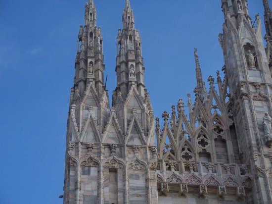 SCORCIO DEL DUOMO - Milano (1495 clic)