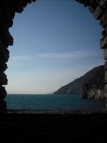 ....una finestra sul mare... - Portovenere (4452 clic)