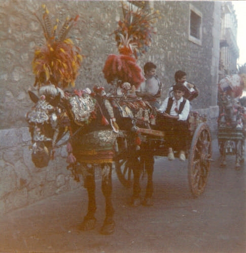 CARRETTO SICILIANO - Taormina (4653 clic)