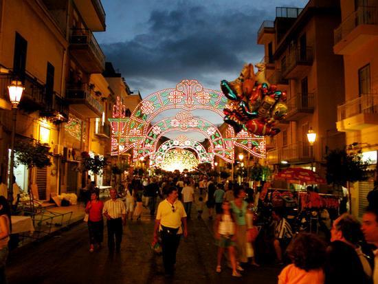 Bagheria  -   Festa di San Giuseppe (8739 clic)