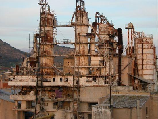 Archeologia industriale - Bagheria (11040 clic)