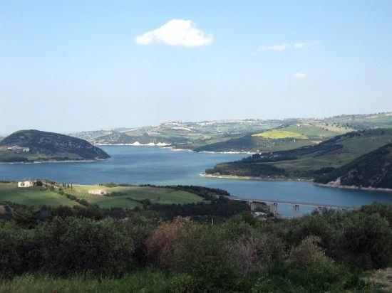 Lago - Guardialfiera (9298 clic)