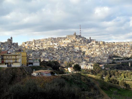 Caltagirone - CALTAGIRONE - inserita il 15-Jan-11