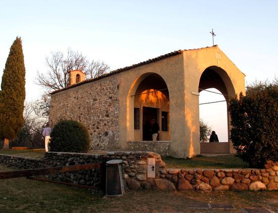 Chiesetta di San Giorgio - Manerba del garda (1562 clic)