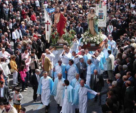 Processione di Pasqua - Biancavilla (4776 clic)