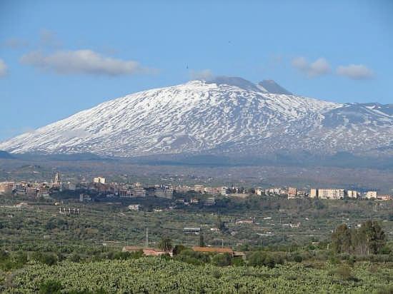 Vista di Biancavilla con Etna (6488 clic)