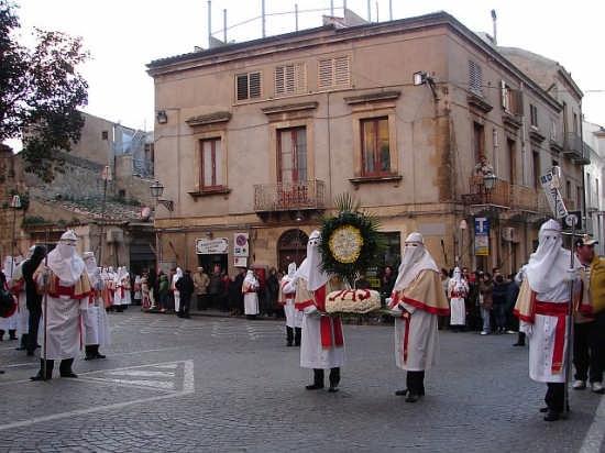 Processione settimana santa - Enna (3798 clic)