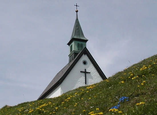 Chiesettta alpina in primavera - Lugano (2337 clic)