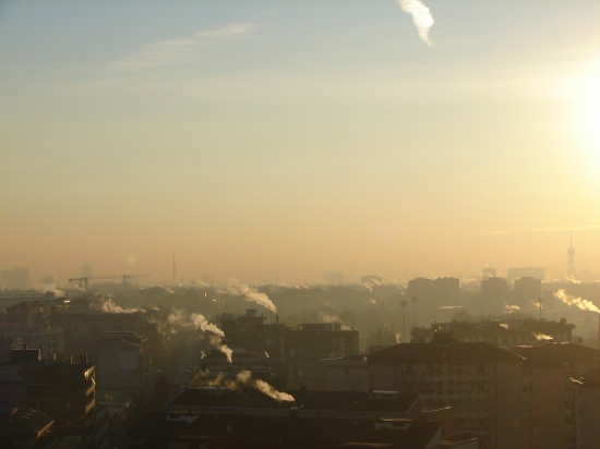 Alba invernale a Milano (2308 clic)