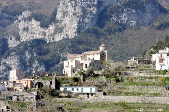 Scala - Costiera Amalfitana - scorcio - Chiesa di Minuta -  - inserita il 06-Apr-11