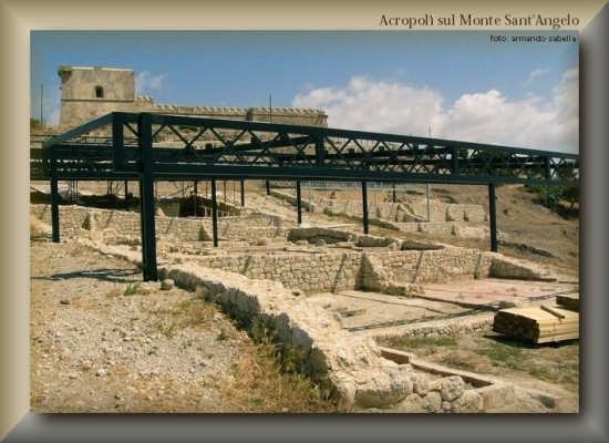 Acropoli sotto il Castel S.Angelo - Licata (3025 clic)