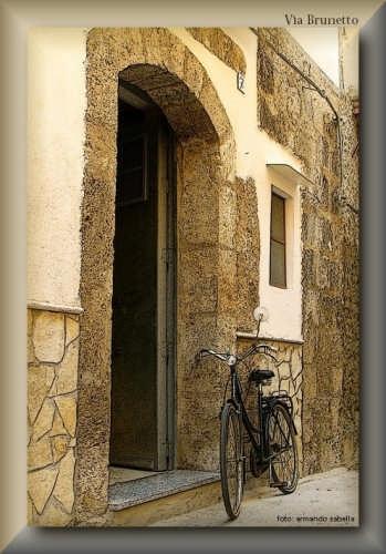 Falegname in via Brunetto - Licata (2817 clic)