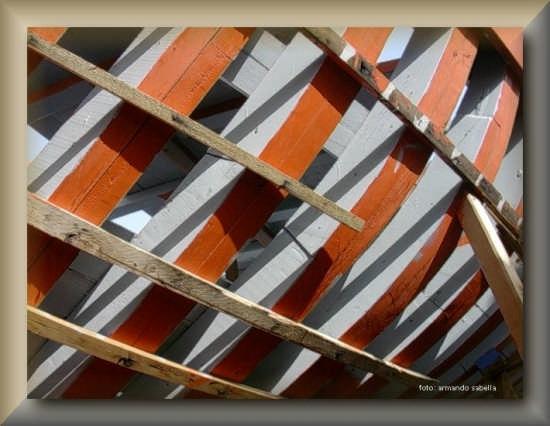 Costole di un peschereccio di LICATA - Linosa (3935 clic)