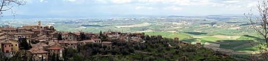 Panorama di Montalcino (2824 clic)