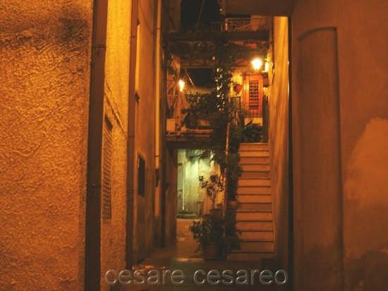vicolo - Curinga (2598 clic)