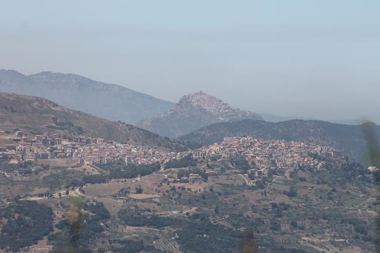 Panorama di Tusa e Pollina (971 clic)