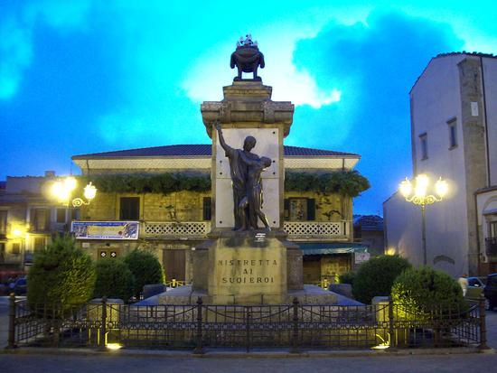 Monumento ai Caduti - Mistretta (2559 clic)