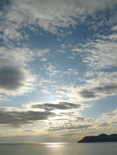 nuvole e vento di maggio - Manarola (2983 clic)